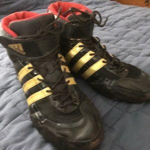 Adidas hornet wrestling sneakers